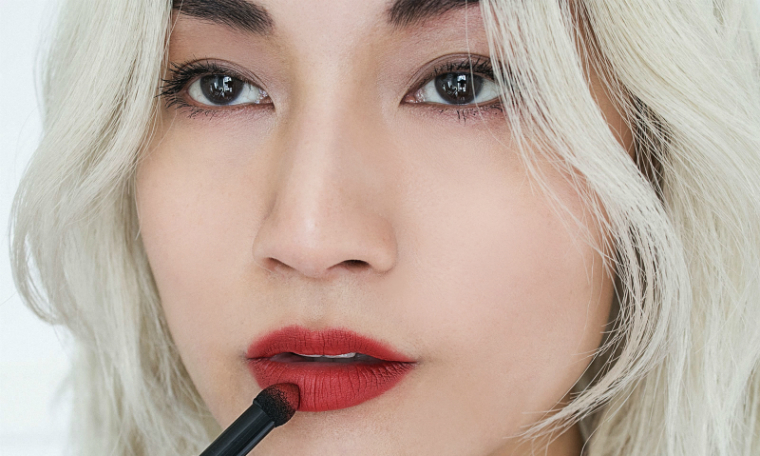 How to do the rough red lip step 2