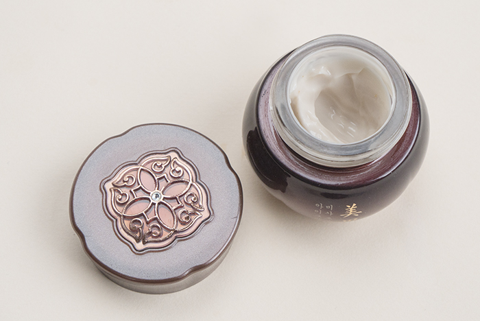 missha misa cho bo yang eye cream